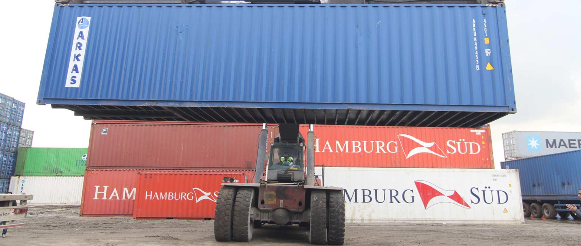 Management des conteneurs logistique Algérie